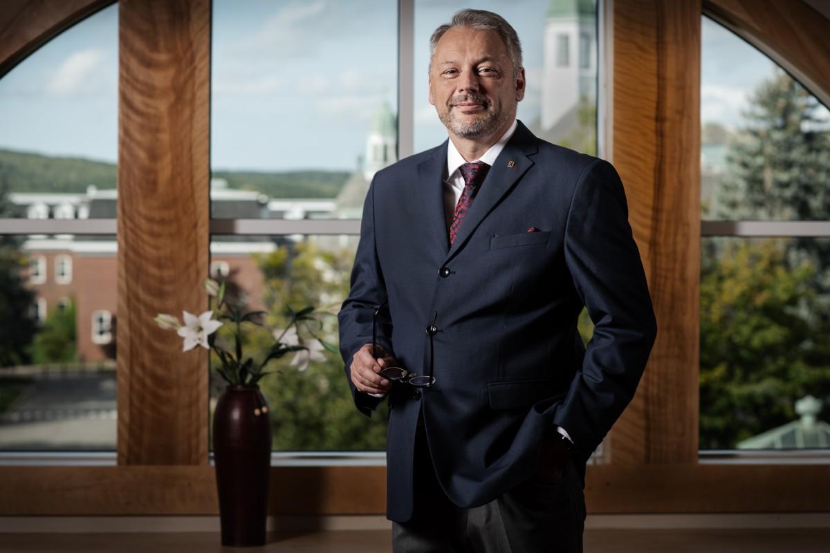 StFX President Dr. Andrew Hakin
